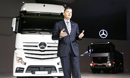 Daimler launches new truck lineup
